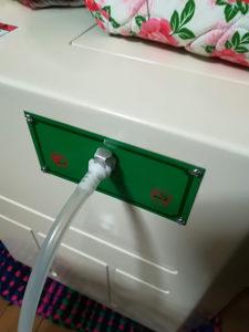 ホースと酸素濃縮器の接続